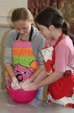Festive Easter Baking for Primary School Children (Morning Workshop)-2908